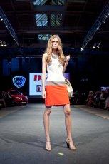 musztardowa sukienka DanHen - wiosna-lato 2012