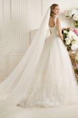 suknia �lubna Pronovias z dekoltem  na plecach