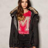 zjawiskowa kurtka Pull and Bear w kolorze czarnym - moda na jesie�-zim� 2012/2013