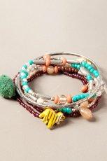 Urocza bransoletka Pull and Bear z koralik�w w kolorze seledynowym - jesie�/zima 2012/2013