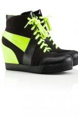 na koturnie obuwie sportowe H&M w kolorze czarnym