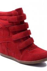 na koturnie obuwie sportowe Stylowe buty w kolorze czerwonym
