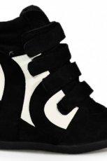 na koturnie obuwie sportowe Stylowe buty w kolorze czarnym