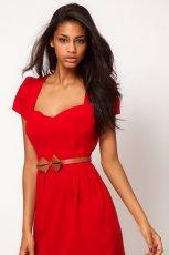 czerwona sukienka Asos z paskiem - kolekcja jesienna
