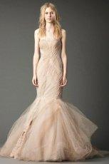 oryginalna  be�owa suknia �lubna typu syrena Vera Wang   trendy zimowe
