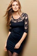 delikatnie koronkowa sukienka H&M w kolorze czarnym  - jesie� - zima 2012/13