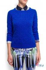 zjawiskowy sweter Mango w kolorze kobaltowym - swetry na jesie� i zim� 2012/13