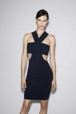 seksowna sukienka ZARA w kolorze czarnym - lookbook pa�dziernik 2012