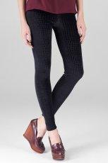 dopasowane spodnie Stradivarius w kolorze czarnym - kolekcja damska 2012/13