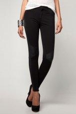 klasyczne legginsy Bershka w kolorze czarnym - moda damska