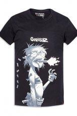 Wyj�tkowa czarna koszulka Cropp z nadrukiem Gorillaz moda jesie�- zima 2012/13
