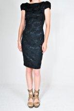elegancka sukienka Grey Wolf w kolorze granatowym - moda damska