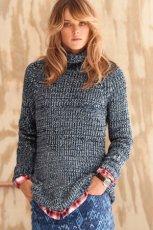 granatowy sweter H&M z golfem - jesie�/zima 2012/2013