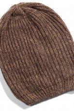 czapka Reserved w kolorze czarnym - modne dodatki na jesie� i zim�