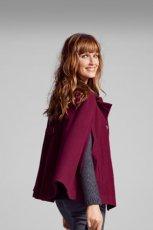 ponczo Camaieu w kolorze bordowym moda na zim�