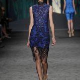 sukienka Vera Wang koronkowa - trendy wiosenne