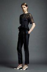 czarna bluzeczka Valentino z baskink� - wiosna/lato 2013