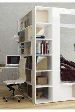 Modna sypialnia z p�kami w kolorze bieli od Meble VOX  -pomys�owe wn�trze