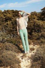 zwiewna bluzeczka Simple w kolorze be�owym - wiosna 2013