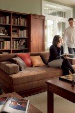Nowoczesne meble w stylu klasycznym do salonu od  Black Red White - aran�acje wn�trza