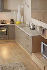 Urzekaj�ce meble w kolorze szaro�ci do kuchni od Black Red White  -trendy 2013