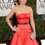 w�osy zaczesane do ty�u - Jennifer Lawrence