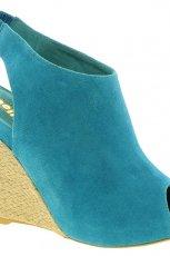 niebieskie sanda�y Asos na koturnie - moda na wiosn�