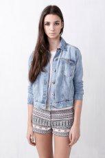 jeansowa katana Pull and Bear - moda na lato 2013