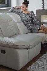 Wyj�tkowe sofa przestronna w kolorze szaro�ci -Kler 2013