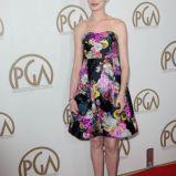 Anne Hathaway w sukience w kwiaty