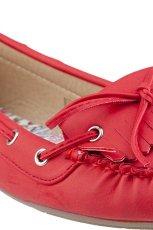 wiosenne mokasyny CCC w kolorze czerwonym - kolekcja na wiosn� 2013