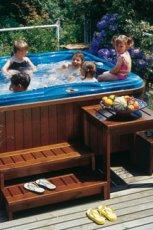 Luksusowy basen ogrodowy w drewnie dla rodziny MAX-FLIZ 2013