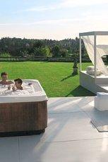 Pi�kny basen ogrodowy w drewnie pod�wietlany MAX-FLIZ 2013