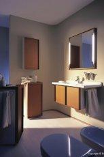 Luksusowe meble �azienkowe w kolorze jasnego drewna inspiracje od MAX-FLIZ