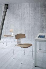 Wyj�tkowe krzes�o w kolorze jasnego br�zu -GABER