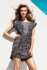 sukienka H&M we wzorki - trendy wiosna-lato 2013