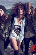 bia�y top H&M z nadrukiem - kolekcja festiwalowa