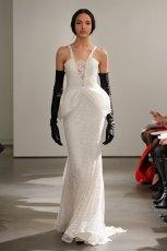 bia�a suknia �lubna Vera Wang