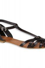 czarne sanda�ki C&A p�askie - trendy na lato 2013