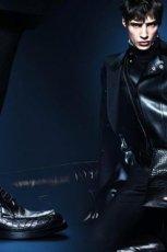m�ski p�aszcz Gucci w kolorze czarnym - zima 2013/14
