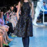 sukienka Deni Cler we wzorki - kolekcja na sezon jesie�-zima 2013/2014