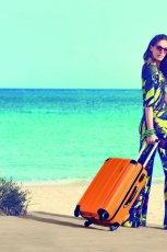 pomara�czowa walizka Carpisa - kolekcja na lato 2013