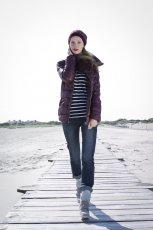 bordowa kurteczka Takko Fashion - moda na jesie� 2013