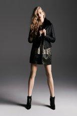 czarna kurtka Reserved z ko�nierzem - kolekcja zimowa