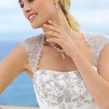 Misterne zdobienia g�rnej cz�ci sukni