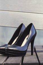 czarne szpilki Reserved - jesie� 2014