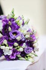 fioletowy bukiet �lubny