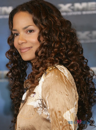 Curly Long Hair, Long Hairstyle 2011, Hairstyle 2011, New Long Hairstyle 2011, Celebrity Long Hairstyles 2077