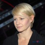 naturalne uczesanie - jasny blond