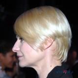 asymetryczne ci�cie - jasny blond